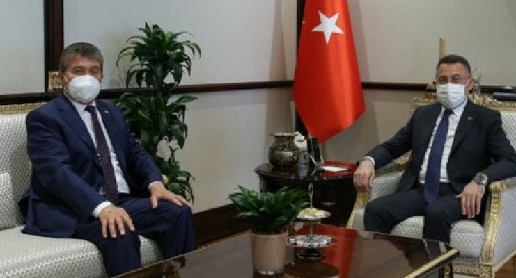 Bakan Üstel, Ankara'da Fuat Oktay ile görüştü