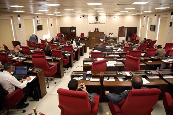 Meclis'in toplantısı gece saatlerine kadar sürdü