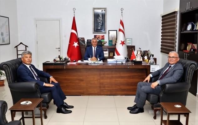 Amcaoğlu, Karakoç'u ve Karaca'yı kabul etti