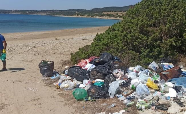 Bayramda kirletilen bölgeler çöplerden arındırıldı