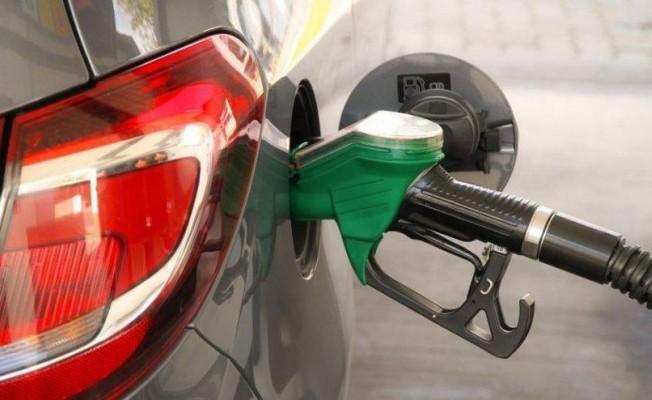Benzine zam bekleniyor gözler Bakanlar Kurulu'nda...