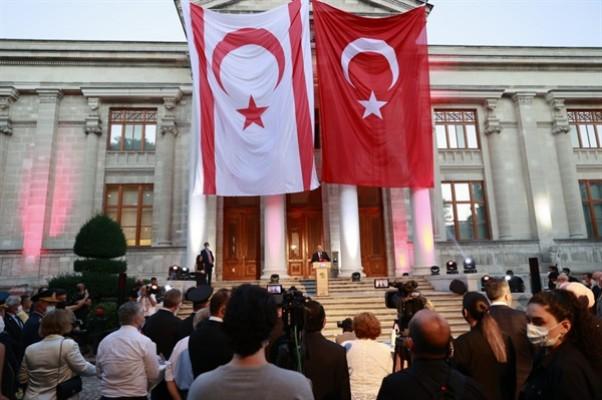 """""""Kıbrıslı Türkler umutlarını kaybetmeden hep Toroslar'a baktı"""""""
