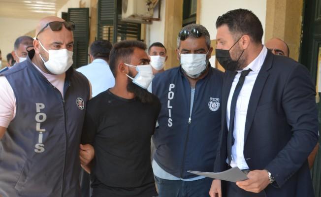 Polis memurunu bıçaklayan Gökhan Takımcılar mahkemeye çıkarıldı