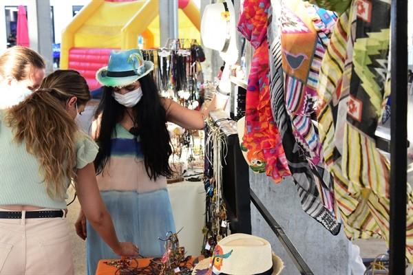 Salı Pazarı'nda yerli ve niş ürünler satışa sunuluyor