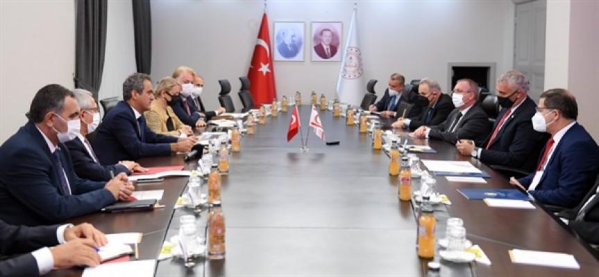 Amcaoğlu, Tc Milli Eğitim Bakanı Özer ile görüştü