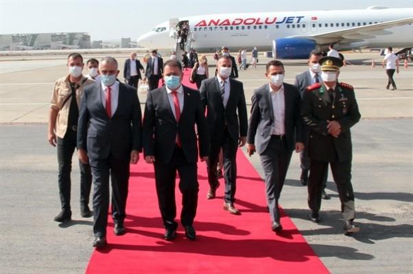 Başbakan Ersan Saner yurda döndü