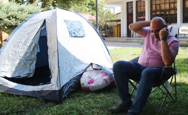 Belediye Başkanı Çadır Eylemi Başlattı