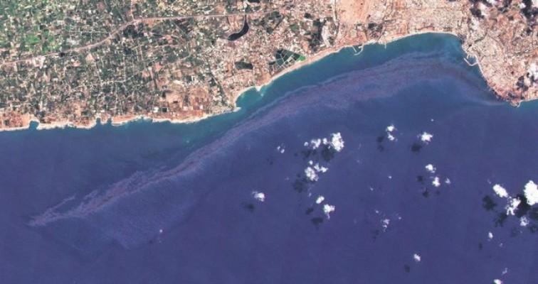 """""""Rüzgarın yönü Kıbrıs kıyıları için tehlike yaratabilir"""""""