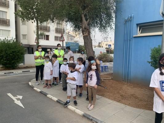 Çocuklara güvenli bisiklet eğitimi...