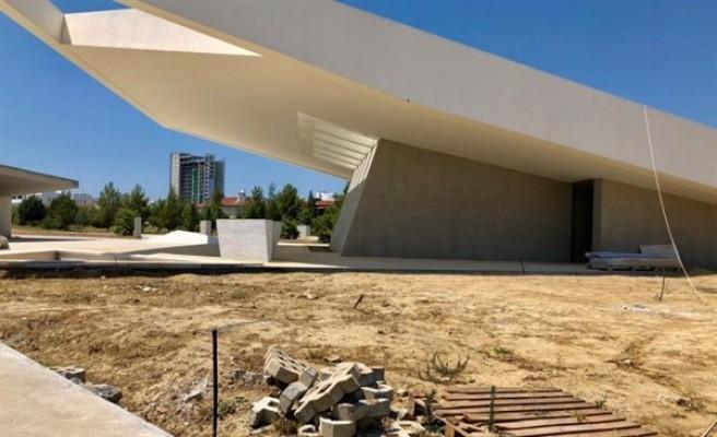 Denktaş'ın anıt mezarının projesin ile ilgili karar Resmi Gazete'de