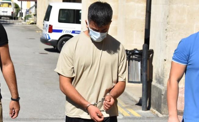 Düğüne takı çalmaya giden acemi hırsız tutuklandı