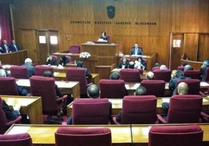 ANAYASA DEĞİŞİKLİĞİ OY BİRLİĞİYLE KABUL EDİLDİ