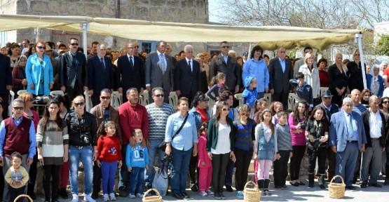 AVTEPE'DE MEDOŞ LALESİ FESTİVALİ YAPILDI