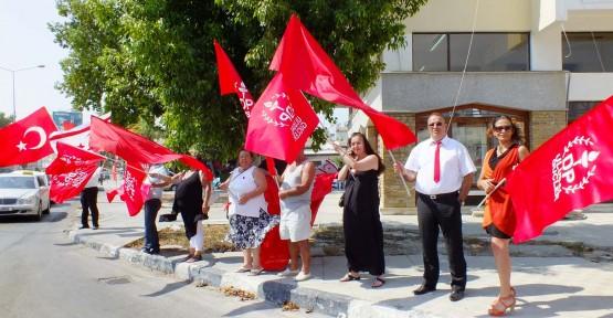 Başbakanlık Işıkları Kırmızı'ya büründü