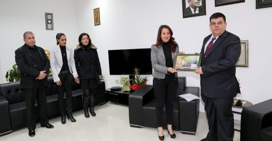 BEROVA, UMUT DERNEĞİ'Nİ KABUL ETTİ