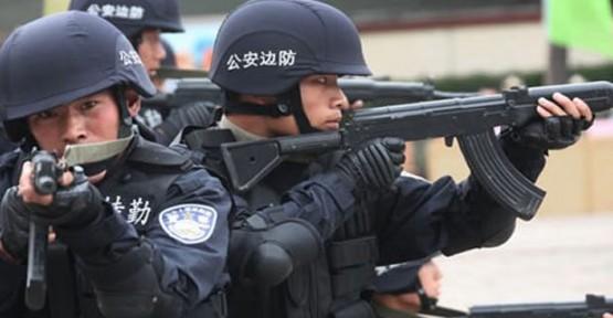 ÇİN POLİSİ İKİ UYGUR KADINI ÖLDÜRDÜ