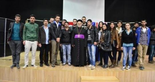 DAÜ, Başpiskopos Gabriel Akyüz`ü Konuk Etti