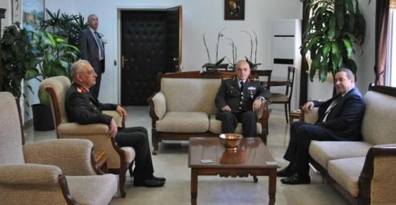 DENKTAŞ, 1.ORDU KOMUTANI AVSEVER'İ KABUL ETTİ