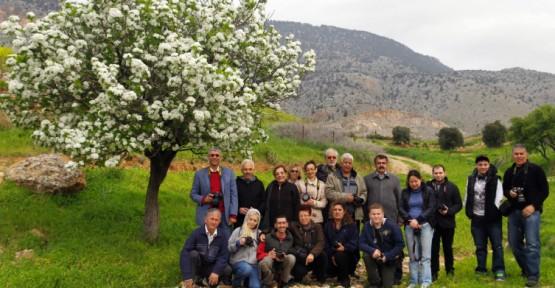 FODER, Dikmen Köyü'nü Gezerek Fotoğrafladı