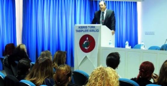 """GÖREVLİ HEKİMLERE """"ACİL TIP EĞİTİMİ"""" VERİLİYOR"""