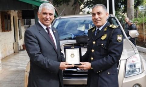 GÜZELYURT POLİS MÜDÜRLÜĞÜ'NE ARAÇ VE RADAR BAĞIŞI