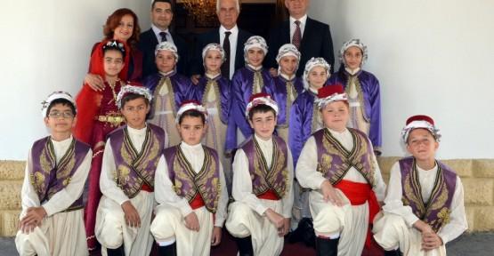 """""""İLKOKUL ÖĞRETMENLERİ HİÇBİR ZAMAN UNUTULMAZ…"""""""