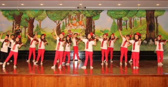 Kıbrıs Sanat Müzik ve Bale Okulu İstanbul'a gidiyor