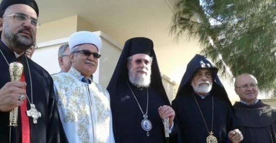 KIBRIS'TAKİ DİNİ LİDERLER BİRARAYA GELDİ