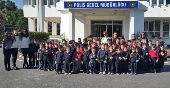MİNİKLER POLİS GENEL MÜDÜRLÜĞÜ'NÜ ZİYARET ETTİ