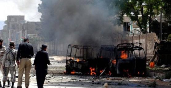 PAKİSTAN'DAKİ BOMBALI SALDIRI