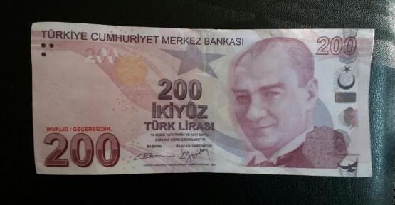 SAHTE 200 TL'YE DİKKAT!