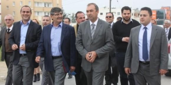 SERTOĞLU KAŞİF'LE LEFKOŞA SOKAKLARINDAYDI...