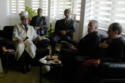 ST. ANDREW'S KİLİSESİ PAPAZI, ATALAY'I ZİYARET ETTİ