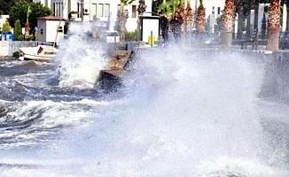 Yunanistan'da fırtına can aldı: 6 ölü!