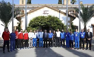 Akıncı,  Cumhuriyet Kupası'na katılacak temsilcilerini kabul etti...