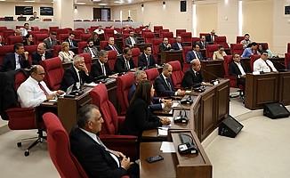 Yabancılar ve Muhaceret Yasası'na ilişkin tezkere görüşüldü.