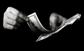 Kara para ülkesi miyiz?