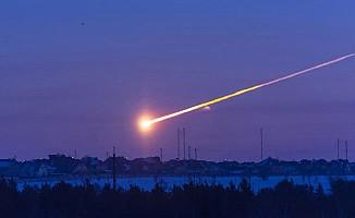 Başımıza meteor da düştü...