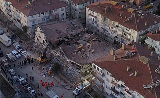 Elazığ'da meydana gelen deprem, KKTC'de de üzüntüye yol açtı...