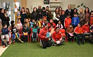 LTB El Ele Kreşi, Yeşilyurt Özel Eğitim Merkezi'ni ağırladı