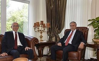 Talat: Cumhurbaşkanı Dünyaya, Türkiye'ye küsemez...
