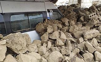 İran'daki 5,9'luk deprem Van'ı vurdu