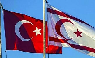 Türkiye bizimle konuşm(alı)uyor