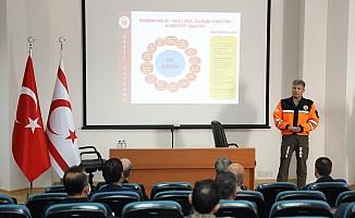 Sivil Savunma Teşkilatı Başkanı Karakoç kriz yönetim sunumu yaptı