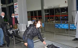 28 Alman turist ve vefat eden 2 Alman turist ülkelerine gönderildi
