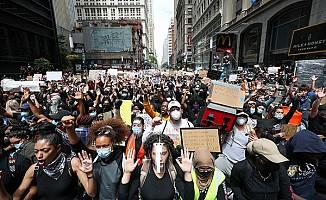 """ABD'de """"George Floyd"""" protestoları durulmuyor"""