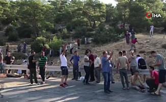 KKTC'ye gelen askeri taşıyan otobüs devrildi!