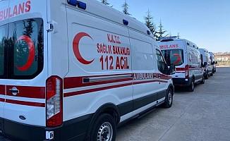 Türkiye'den pandemi hastanesine 5 yeni ambülans bağışı