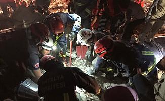İzmir'deki depremde can kaybı 39'a yükseldi