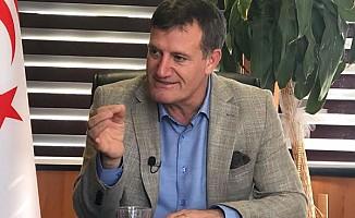 Arıklı: Ercan havaalanının adının değiştirilmesi düşünülemez